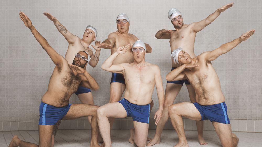 SwimmingWithMen_1